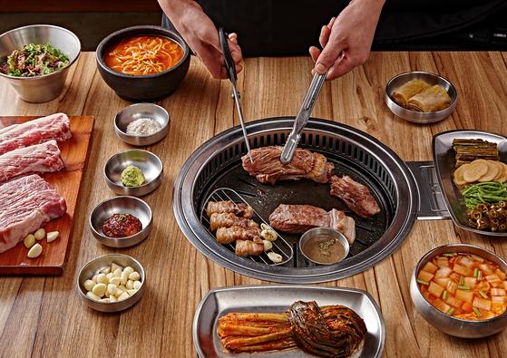 '일미락'은 좋은 원육을 숙성시킨 통삼겹살과 국산 재료로 직접 담근 장아찌, 파김치 맛집으로 유명하다. [사진 일미락]