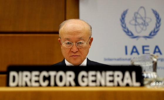 4일 국제원자력기구(IAEA)의 아마노 유키야 사무총장이 오스트리아 빈 본부에서 열린 이사회의 시작을 기다리고 있다.[로이터=연합뉴스]