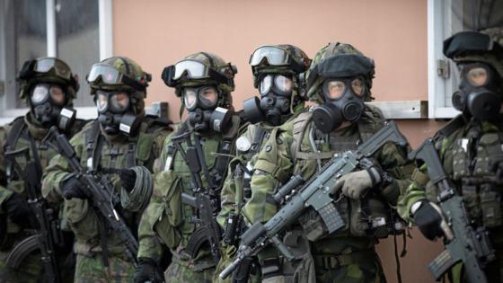 핀란드군과 합동으로 도시전 훈련을 하고 있는 스웨덴군. [사진 reddit]