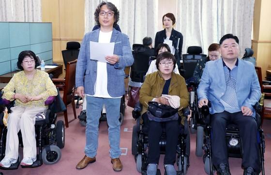 2018대전지방선거장애인연대가 30일 대전시의회 기자실에서 기자회견을 하고 있다. 프리랜서 김성태