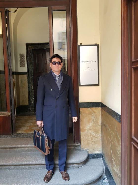 의뢰인 회사의 해외 특허소송을 지원하기 위해 이탈리아 밀라노의 한 로펌을 방문한 김용범씨.