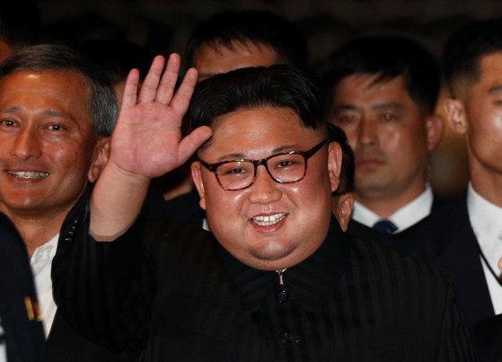11일 싱가포르 마리나베이샌즈 호텔을 방문한 김정은 북한 국무위원장 [로이터=연합뉴스]