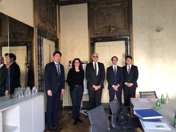 밀라노 현지의 특허 전문 로펌 대표 및 파트너들과 함께.