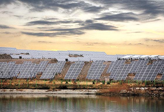 한국지역난방공사가 지난해 설치한 전남 신안군 증도 태양광발전소 전경. [사진 한국지역난방공사]
