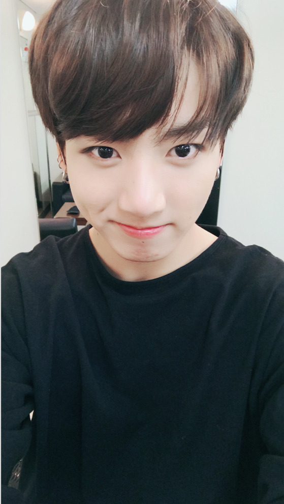 To Fans Who Ask 'Why Doesn't JUNGKOOK Tweet More Often?'