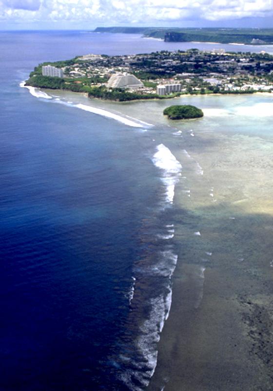 미국 괌의 해안도로. [중앙포토]