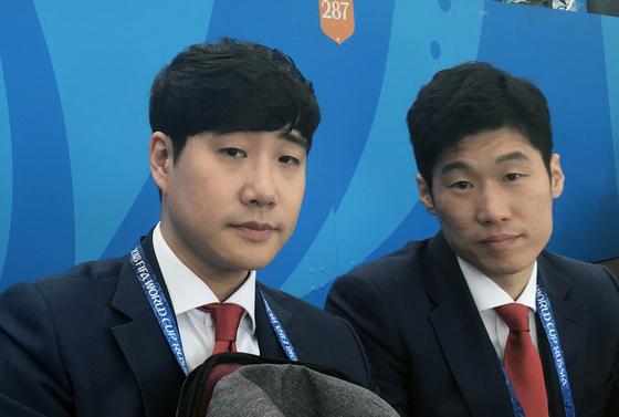 축구 해설가로 데뷔한 '영원한 캡틴' 박지성(오른쪽)과 배성재 캐스터. [SBS 제공=연합뉴스]