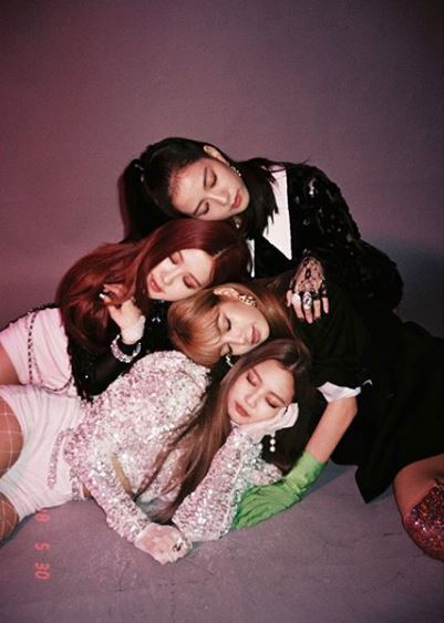 BLACKPINK To Confirm Their Appearance on a Variety Program 'Running Man'