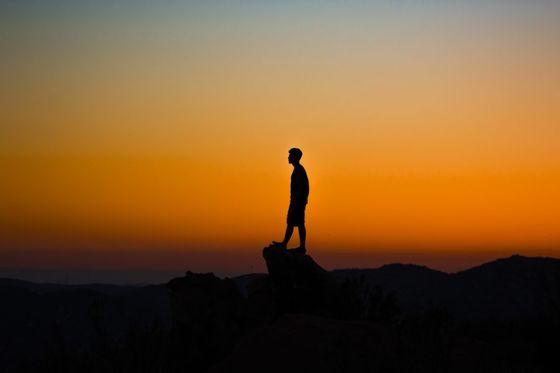10년 연상의 선배는 앞으로 선배가 걸어간 길을 따라가려면 어떻게 하면 좋을지에 대해 내게 '혼자 있는 시간을 가급적 많이 가지라'고 조언했다. [사진 Unsplash]