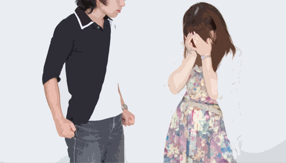 직장에서 만난 아이 아빠와 첫 만남에 사랑에 빠져 결혼 했지만, 신혼여행을 다녀와서부터 아이 아빠와 다툼이 생겼다. [사진 pakutaso]