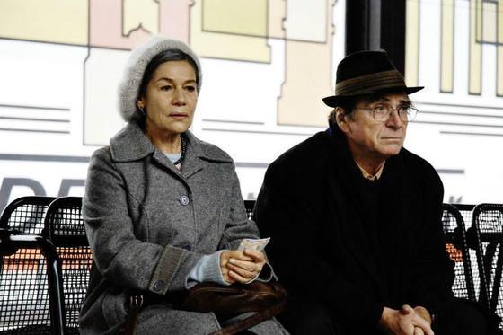 영화 '사랑 후에 남겨진 것들'에서 아내 트루디 역을 맡은 하넬로레 엘스너(왼쪽)와 남편 루디 역을 맡은 엘마 베퍼.