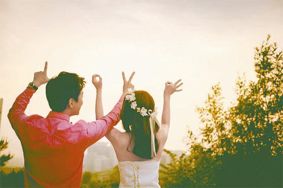 누군가를 나에게 맞추려고 하지 말고, 그 사람의 있는 그대로를 받아들이고 사랑하자. [중앙포토]