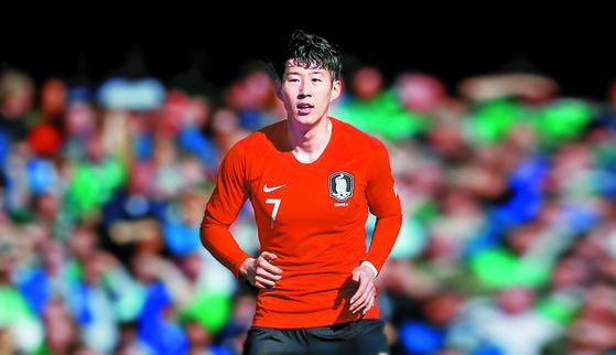 축구대표팀 에이스 손흥민이 멕시코전에 최전방 공격수로 나선다. 임현동 기자