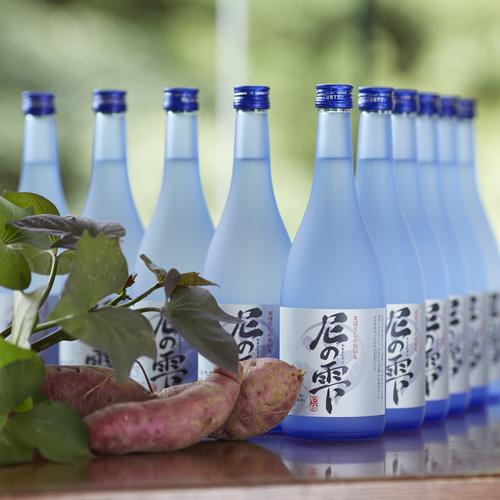 그 지역 특산 니혼슈(일본술)를 팔고 있으므로 참고하자.