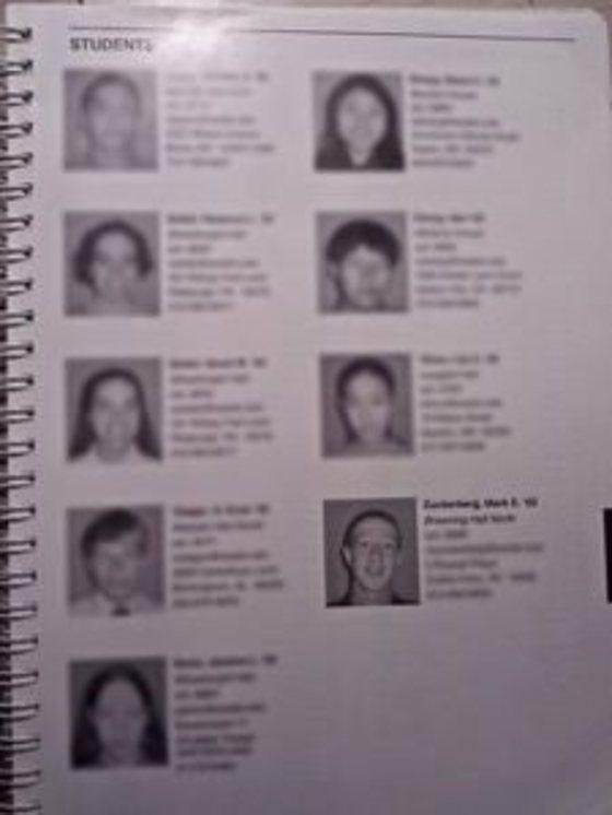 엑시터의 출석부에는 학생 얼굴 사진이 실려 있어 '페이스북'이라 불렸다. 맨 아래 오른쪽이 저커버그. [필립스 엑시터]