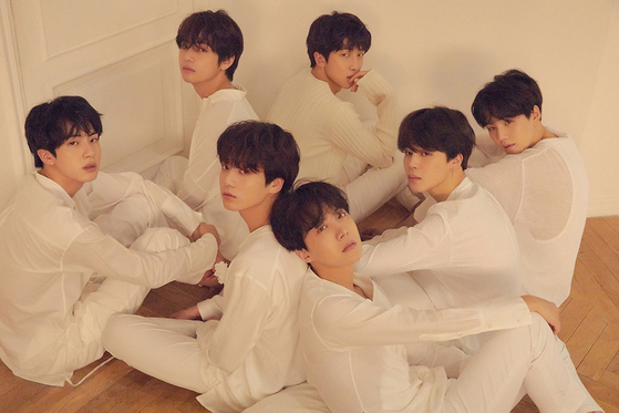 All members had dark hair for 'FAKE LOVE', Photo from BigHit Ent.