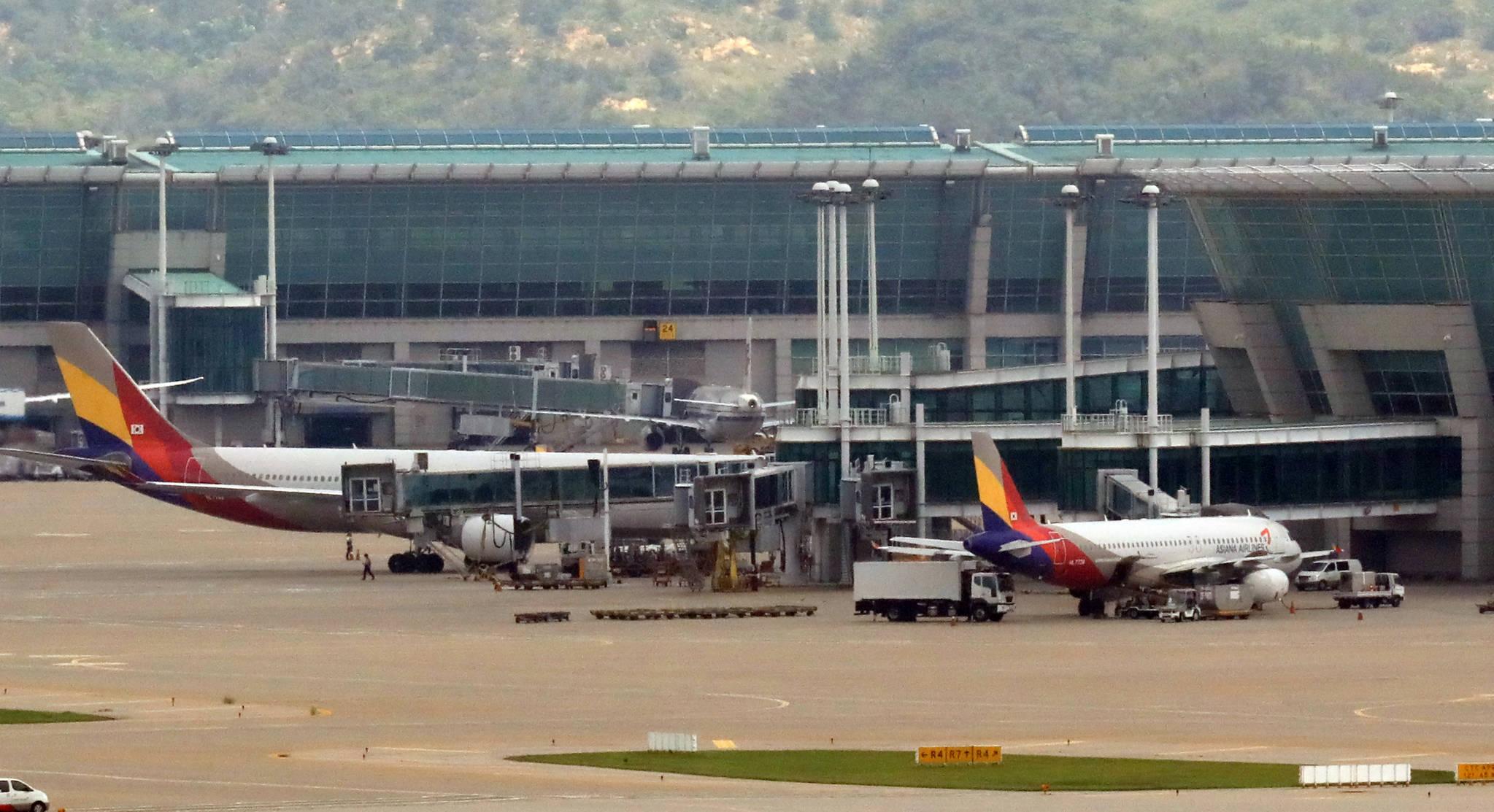 3일 인천국제공항에서 아시아나항공기들이 출발을 기다리고 있다. [연합뉴스]
