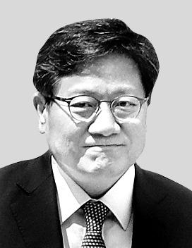 강대희 서울대 총장 후보자. [중앙포토]