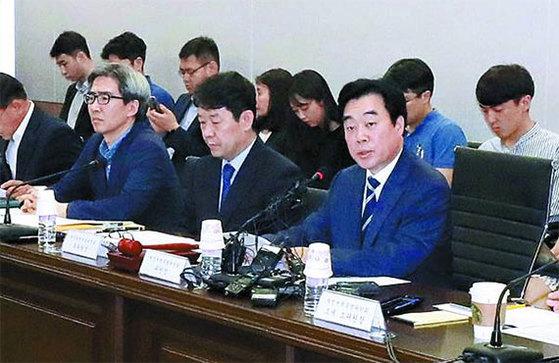지난 7월 재정개혁특별위원회 전체회의가 서울 종로에서 열리고 있다. [뉴시스]