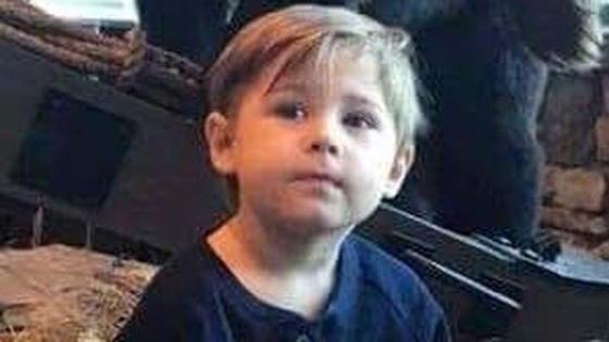 미국 테네시주에서 폭염에 달궈진 차량 안에 있다 변을 당한 아이 사진. [ABC뉴스 캡처]