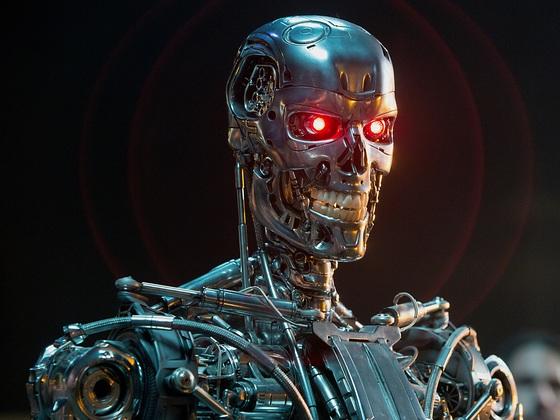 영화 '터미네이터 : 제니시스'에 등장하는 악당 로봇 T-800. [영화 스틸]