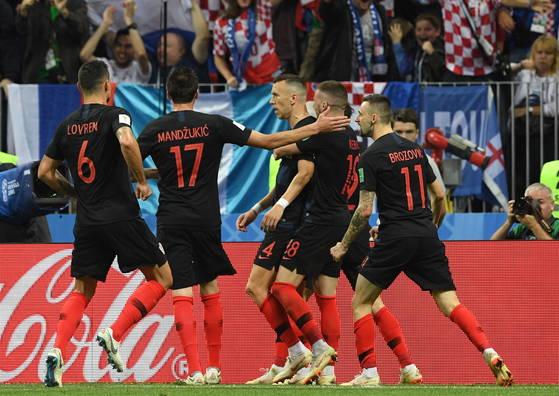 크로아티아 황금세대는 경험과 노련미를 앞세워 월드컵 결승에 올랐다. [EPA=연합뉴스]
