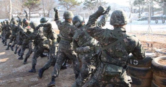 육군훈련소 [사진 청와대사진기자단]
