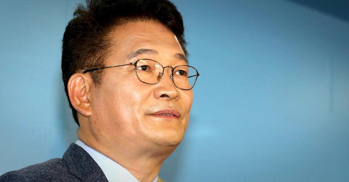 송영길 더불어민주당 의원이 18일 오전 국회 정론관에서 8·25 전당대회 당대표 선거 출마를 선언하는 기자회견을 하고 있다. [연합뉴스]