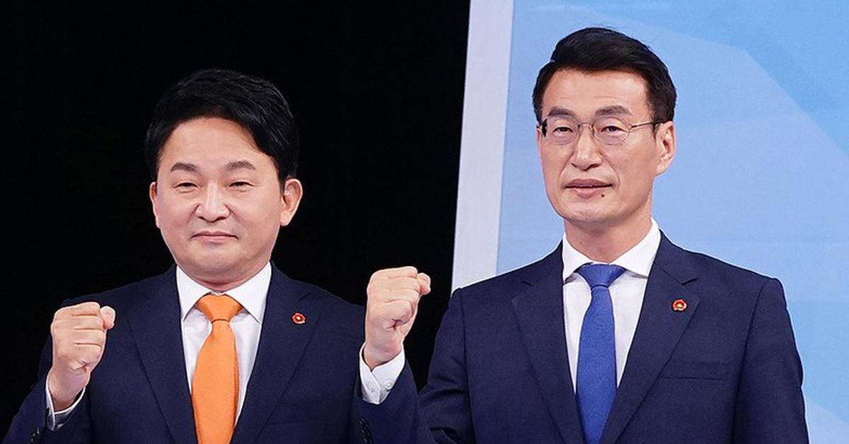 원희룡 제주지사(왼쪽)과 문대림 전 청와대 비서관. [뉴스1]