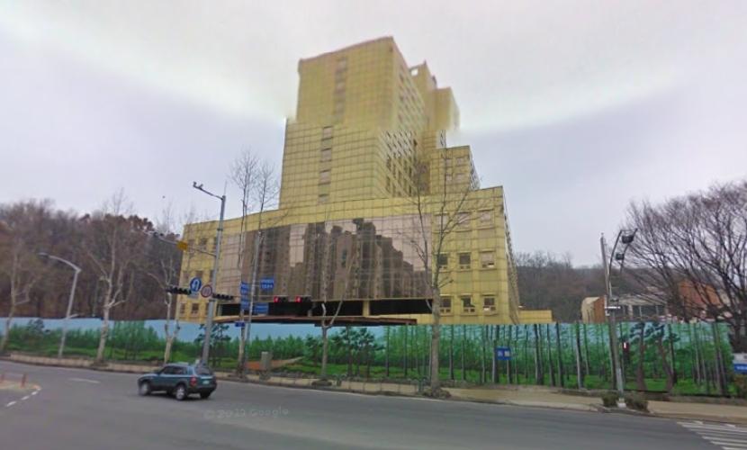 유병언 전 세모그룹 회장이 건립을 추진했던 경기도 과천시 우정병원 건물.  [사진제공=국토교통부]