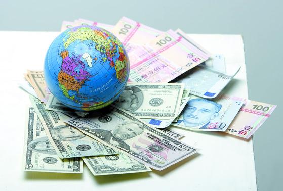 국민연금은 해외주식에 국내 주식 못지 않은 투자를 하고 있고, 수익률도 비교적 높다. [중앙포토]