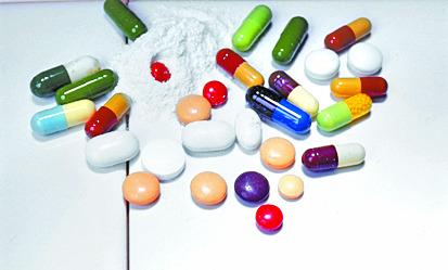 더울 때는 의약품을 제대로 보관하는 게 중요하다. [중앙포토]