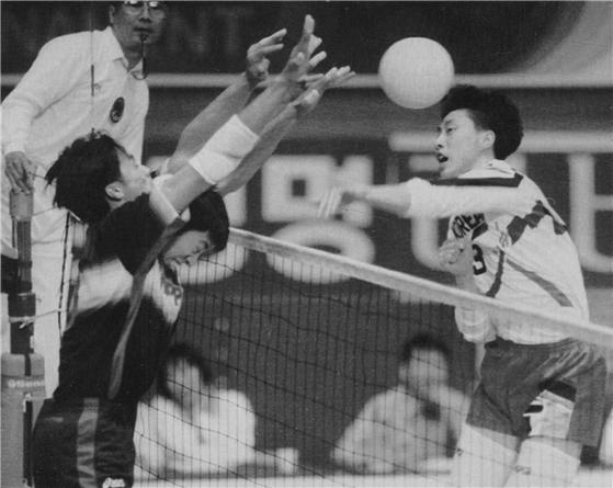 1996년 4월 아시아 배구 한일전 당시의 김세진. [사진 JTBC]