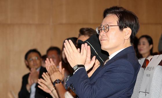 7일 오전 서울역사박물관에서 열린 DMZ국제큐영화제에 참석한 이재명 경기도지사. [사진 경기도]