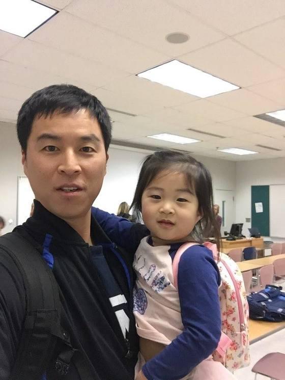 남씨는 워싱턴 대학교 재학 시절, 학기가 끝날 때마다 첫째 딸 채은이를 학교에 데려갔다. [사진 남선우]