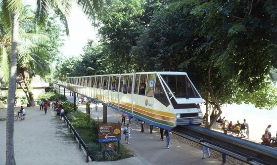 싱가포르 센토사섬의 모노레일. [중앙포토]