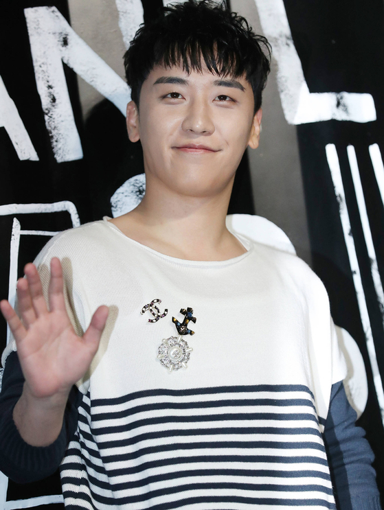 EXO XIUMIN·BIGBANG SEUNGRI… Who Are the Male Idols That Have to Join