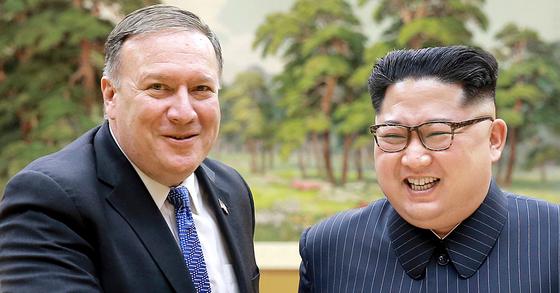 지난 5월 마이크 폼페이오 미국 국무장관이 평양에서 북한 김정은 국무위원장을 만난 모습. [조선중앙통신=연합뉴스]