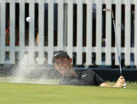 시즌 마지막 메이저 대회인 PGA 챔피언십에서 공동 50위에 그친 로리 매킬로이. [AP=연합뉴스]