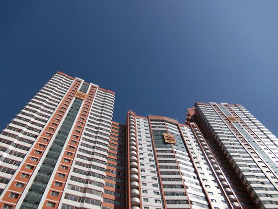 새로 건설된 평양 과학자 거리의 새 아파트. 평양=이정민 기자