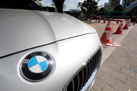 서울 세종로 정부서울청사 BMW 차량 전용 주차구역. [뉴스원]