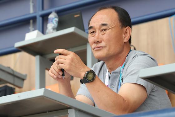 김학범 아시안게임 대표팀 감독이 말레이시아전 패배에 대해 자신의 전략 착오를 인정했다. [뉴스1]