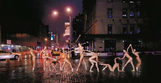 AM 2:44 뉴욕 주, 뉴욕, 미트패킹 디스트릭트 ⓒDancers after dark, Jordan Matter