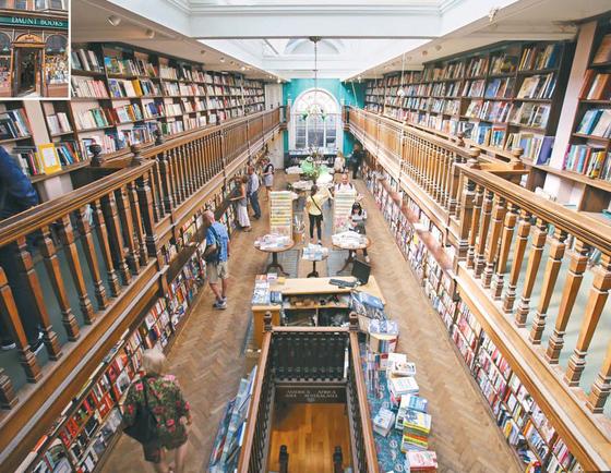 런던 '돈트 북스' 1층에서 지하서가를 내려다본 풍경. 광고판이나 포스터 등이 없어 마치 도서관 같은 느낌이다.