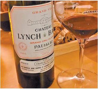 샤또 린슈 바즈 1995. 구조가 견고해 오래 간직할 수 있는 와인이다.