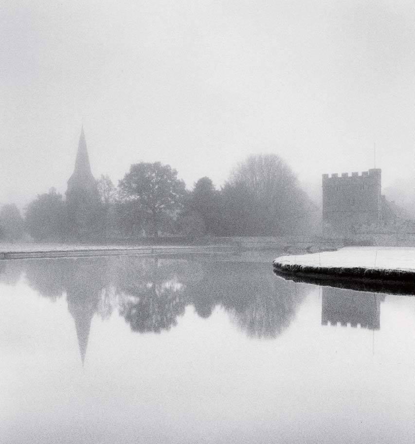마이클 케나의 'Frost Covered Morning'(2005), Broughton, Oxfordshire, England. ⓒMichael Kenna