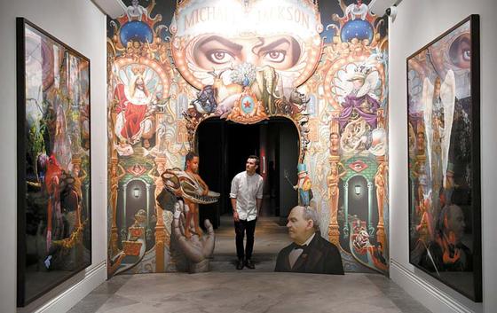 '마이클 잭슨: 온 더 월'이 열리고 있는 런던 내셔널포트레이트갤러리 전시장 [EPA=연합뉴스]