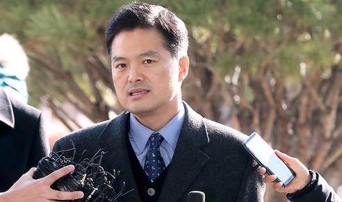 '靑 특감반 의혹제기' 김태우, 기자회견에서 무슨 말을 할까요