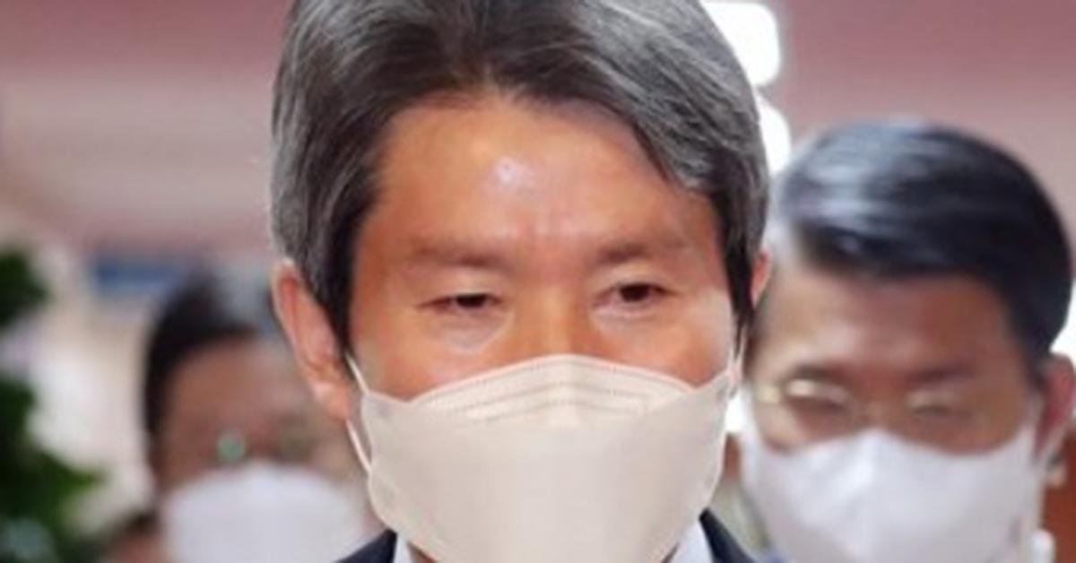 """탈북자들은 이인영에게 """"거짓 증언, 명예 훼손 비난"""""""