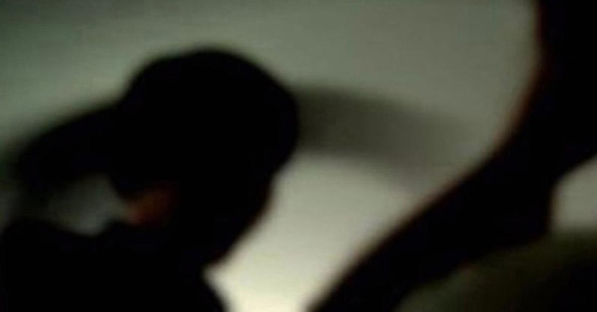 개똥과 물린 고문 … 10 살 된 조카 살해 이야기